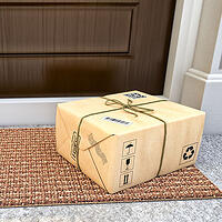 Blog 2 Q4 Parcel Rates delivery of package 400 x 400